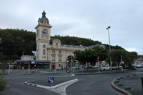 2012.08.02.340 - BAYONNE - Place Pereire - Gare de Bayonne