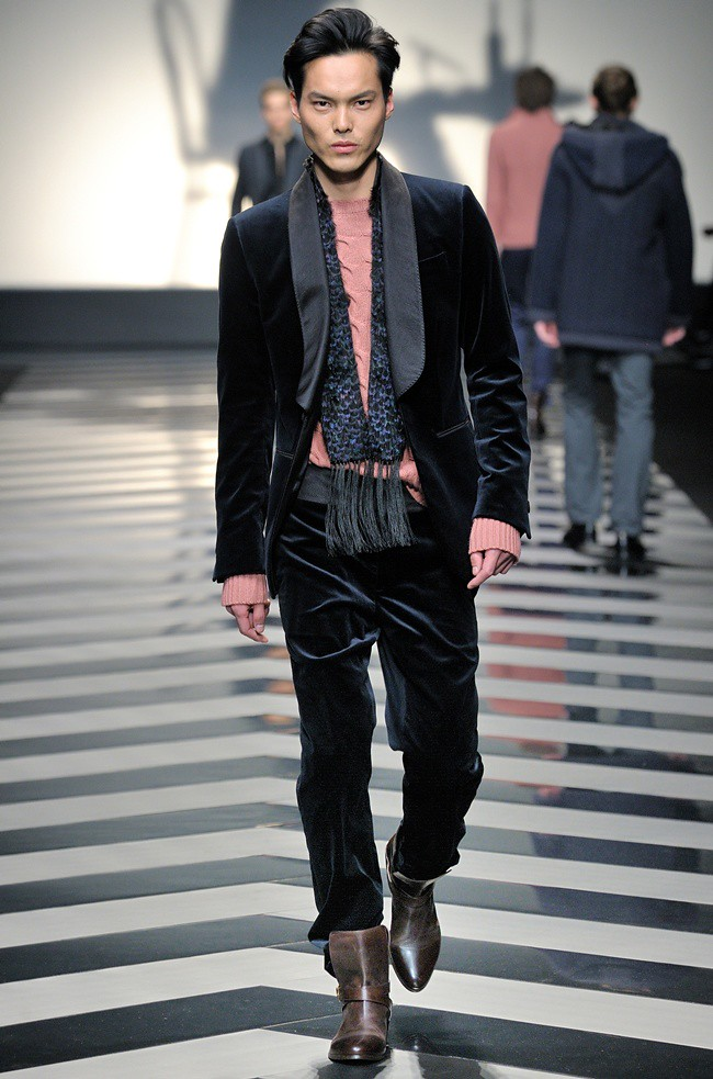 7 suit2 bl Roberto Cavalli Menswear AW1213_38
