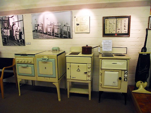 Old electric cookers, Christchurch Electricity Museum