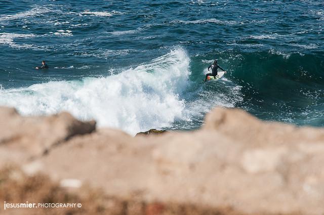 Surf en Valparaiso. Chile