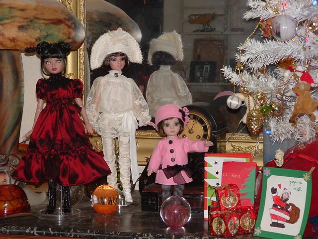 THEME DU MOIS DE DECEMBRE 2012 : NOEL, FETES DE FIN D'ANNEE - Page 4 8298751133_4e7731d56a_z