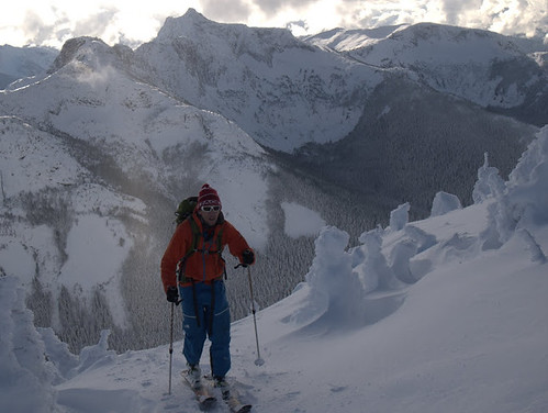 Skiers: Andy Traslin, Alex Gibbs, Liam BensonPhotos: Andy Traslin, Alex Gibbs