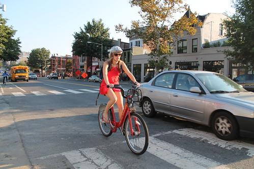 25.BikeLane.14thStreet.NW.WDC.13September2012