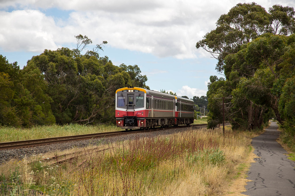 Sprinters at Hastings by michaelgreenhill