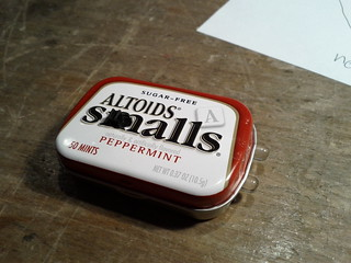 Altoids Smalls Flashlight (2 of 3)