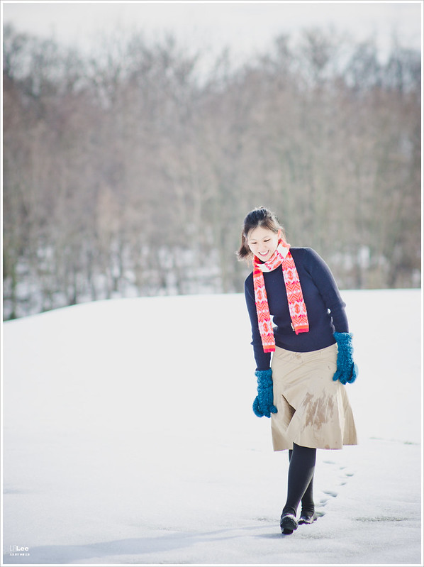 女王心血來潮搏老命下雪天戶外當模特之冬天系列。