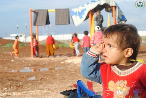 Relief effort for Syrian refugees in Babusselam in Kilis-Syria border, November 2012