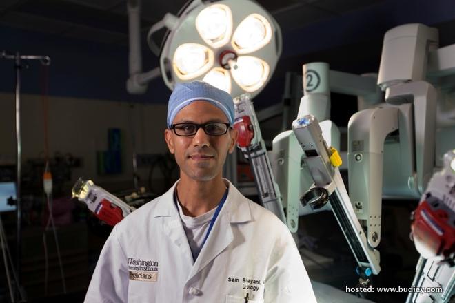 ExploringNewFrontiersNationalGeographicat125 - Surgeon Sam Bhayani
