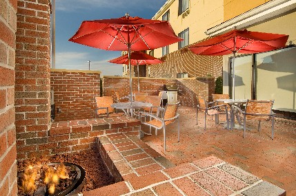 TownePlace Suites patio, Lexington Park