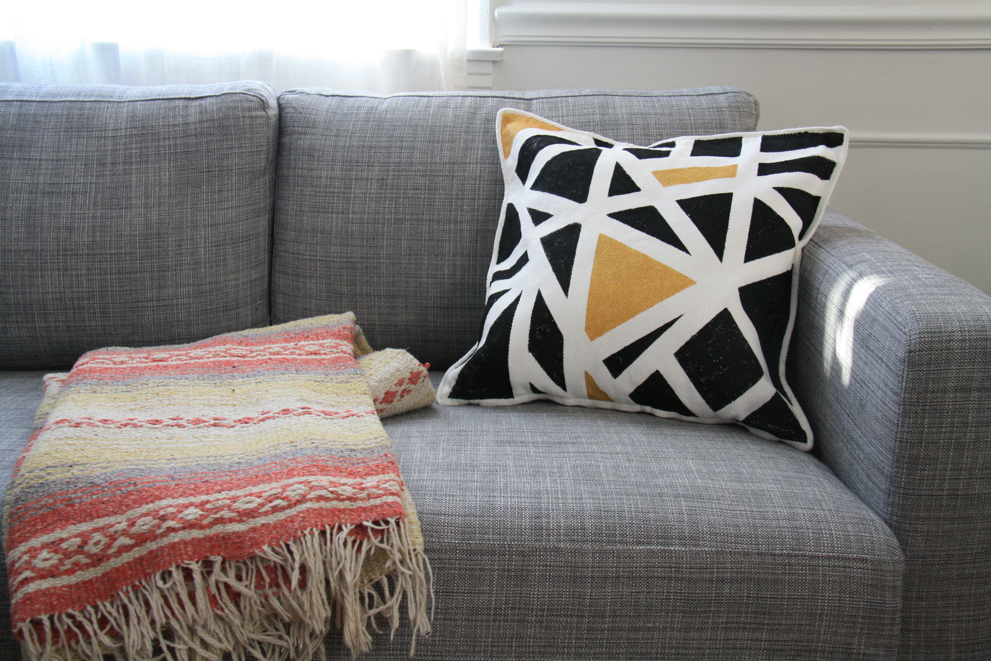 geometric pillow DIY