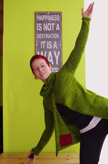 Boo!Clarity Cardigan von Gretchen Ronnevik in Wollmeise @frauvau.blogspot.de