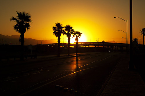 sunset texas availablelight border elpaso canonfd28mm28 manuallens usmexicoborder canon50d