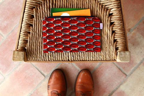 Uma bolsa para as cadernetas bancárias