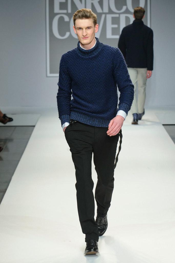 FW13 Milan Enrico Coveri008_Thomas Sottong(fashionising.com)
