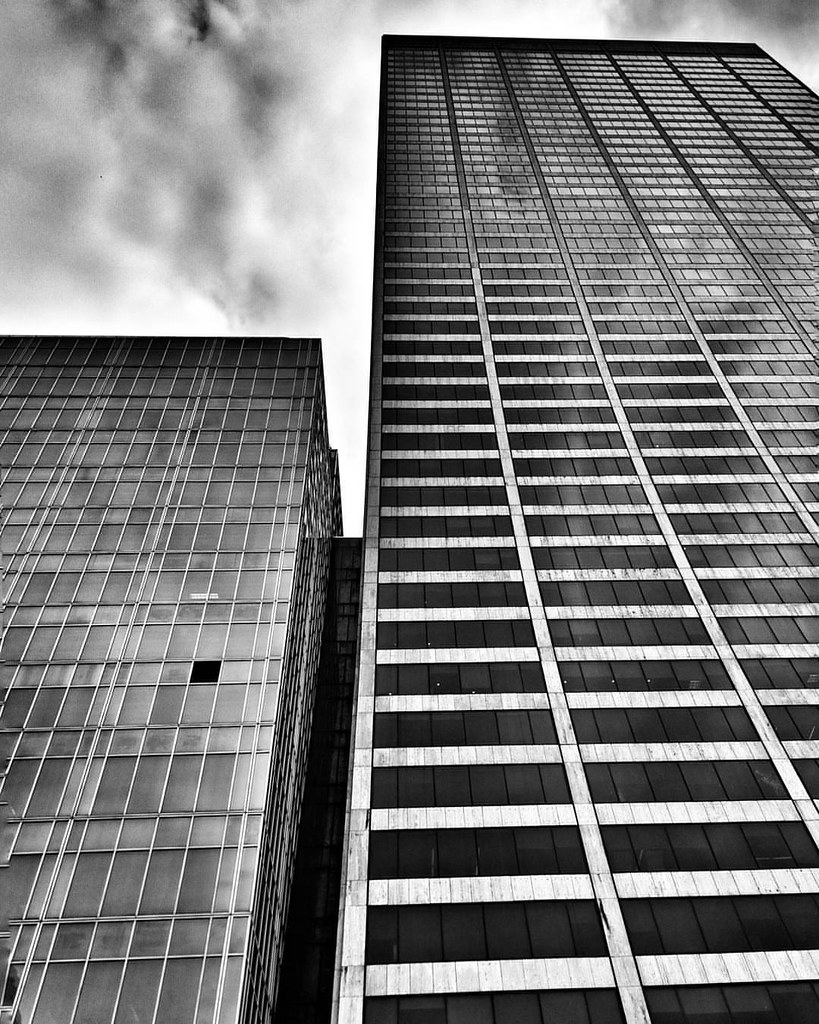 Lines and an open window  #Newyork #Nyc #newyorkcity #architecture #archilovers #lines #geometry #Travel #travelgram #trip #blackandwhite #bw #monochrome #minimal #lookingup #clouds #cloudporn #sky #modern #window #black #White #iloveny #ilovenyc #newyork