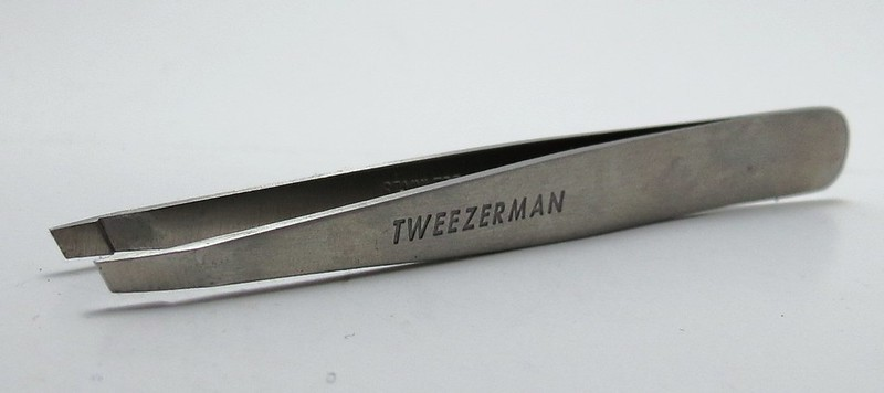 Tweezerman Slant Tweezer