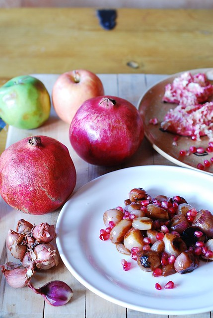Caramelized shallots with pomegranate, cipolline onions or small boiling onions