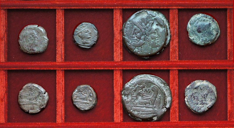 RRC 141B eagle and wreath bronzes, RRC 142 bull and MD Durmia bronzes, Ahala collection, coins of the Roman Republic
