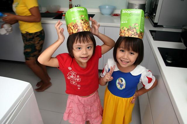 Hahaha....Snapware princesses!