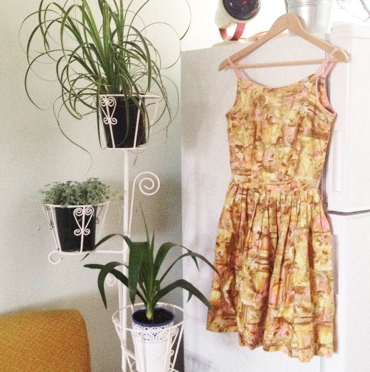 yellow drawn vintage sun dress g