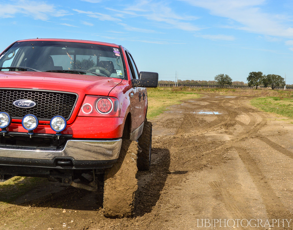 flickr photos tagged nittotrailgrappler picssr Bulldog Stance driving away from the mudhole