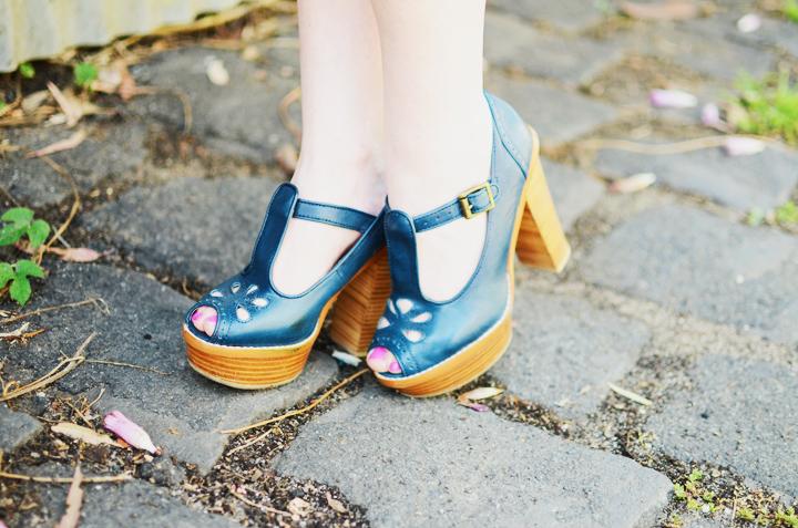 blue gorman sandals