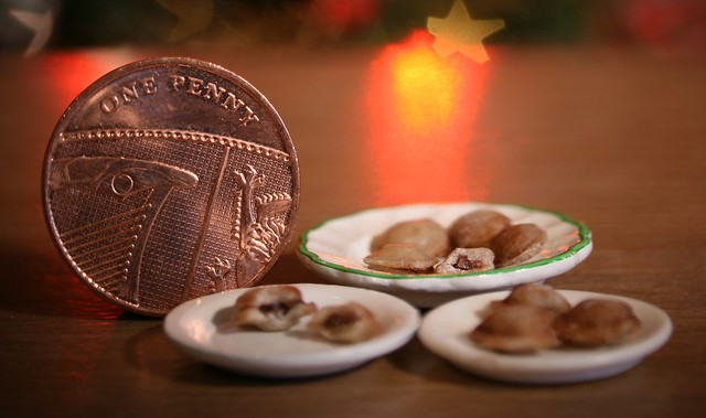1/12th scale mince pies
