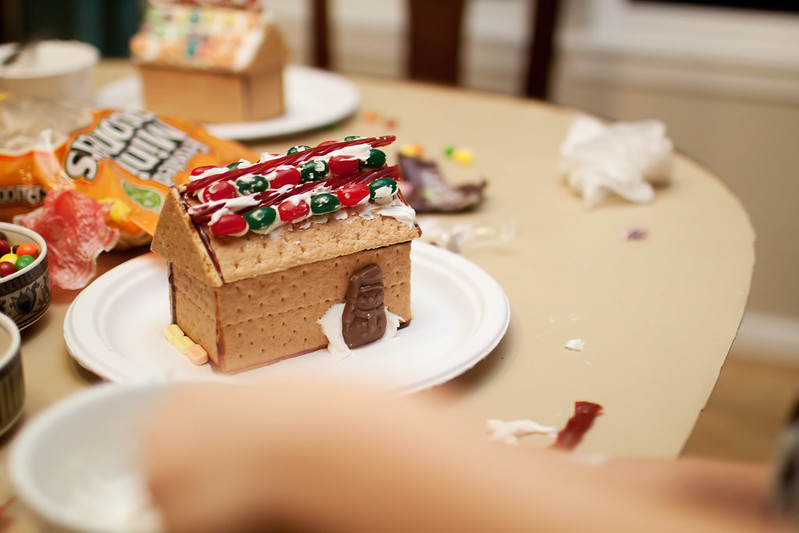 IMG_4964Gingerbread2012