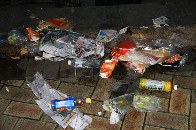 2013台北市跨年晚會垃圾-41-201301010039-賴鵬智攝
