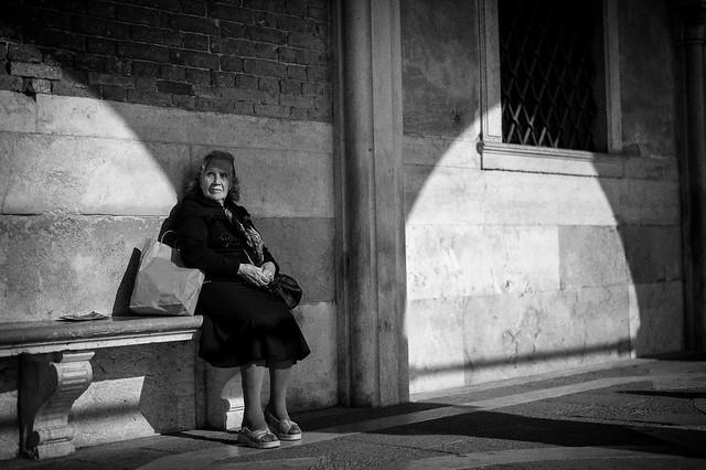 Italien-leica-summilux-street-bw-103.jpg