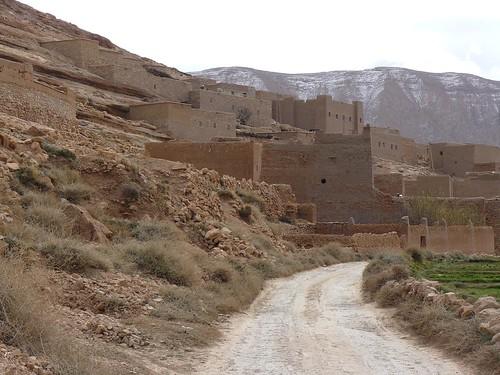 Ait-Hani, aldea bereber del Medio Atlas (Marruecos)