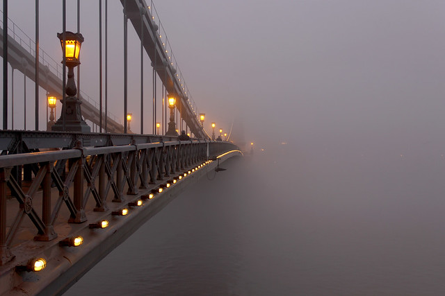 Budapest - the Chain bridge covered in fog at new year's eve 3