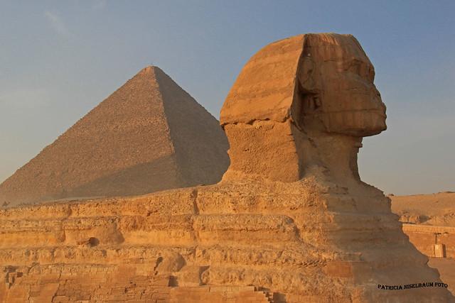 La Esfinge y Piramide de Keops