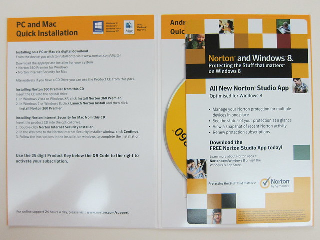 Norton 360 Multi-Device - Packaging Inside View #1