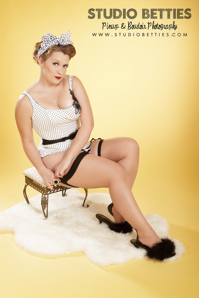 Black and White Polka Dot Pinup Seated