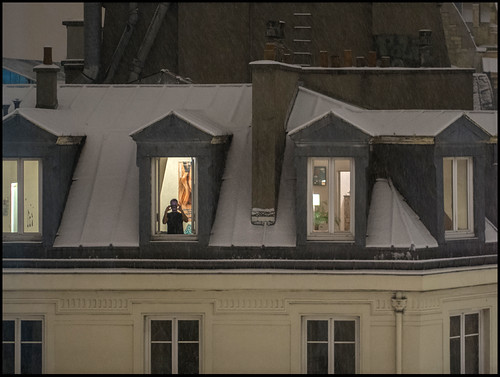 Il neige, le photographe shoote * Paris by sistereden2
