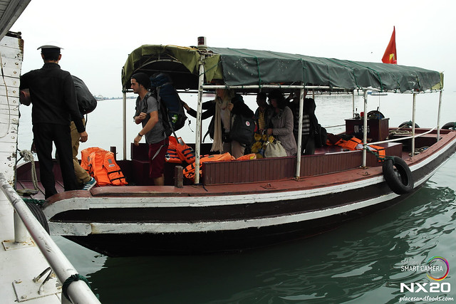 halong bay junk boat transfer
