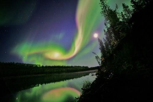 [フリー画像素材] 自然風景, オーロラ, 河川・湖, 夜空 ID:201302052000