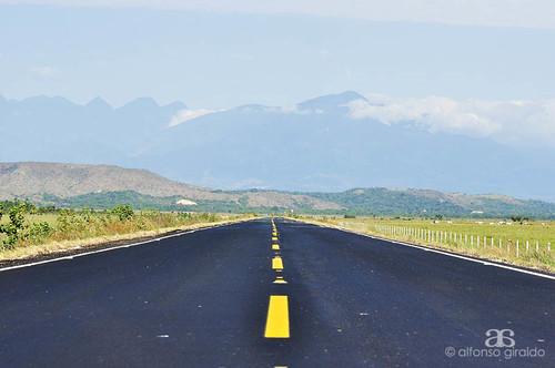 colombia carretera via asfalto llanos tame sansalvador vari arauca casanare llaneros llanosorientales orinoquia