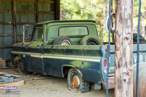 abandoned abandonedtruck barn barnhunting barnhuntingtrip barns eastcentralgeorgia georgia georgiabackroads georgiabarnhunters old oldtruck pickuptruck rural ruralgeorgia sonyslta77 sussmanimaging thesussman truck wrightsville unitedstates