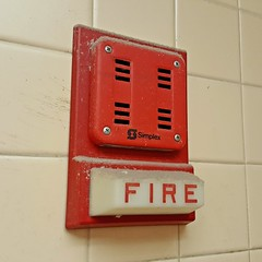 Simplex fire alarm horn and light
