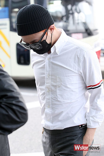 BIGBANG Incheon Airport to Shanghai Press 2015-06-19 025