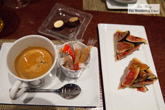 My doppio espresso and more slices of fig tarts