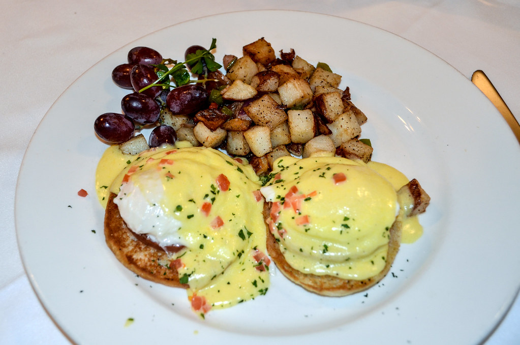 Eggs benedict steakhouse 55