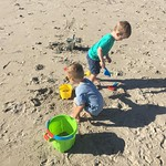 Fun in the sand by bartle_man