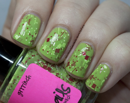 Jindie Nails Grinch (3)