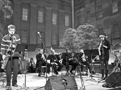 20121220 Brad LInde Ensemble and Brass at Kogod Courtyard-1030372 by NoVARon