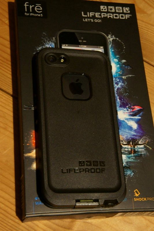 LifeProof fre iPhone 5 Case SC04465