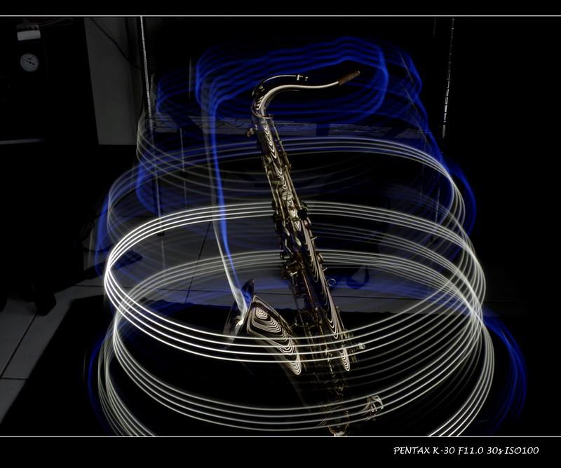 光影塗鴨-saxophone