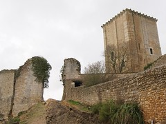 Le donjon de Moncontour - Photo of Aulnay